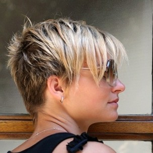Short-Haircut-for-Women-Summer-Hairstyles